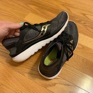 Saucony Kineta Lifestyle Sneakers Sz 8